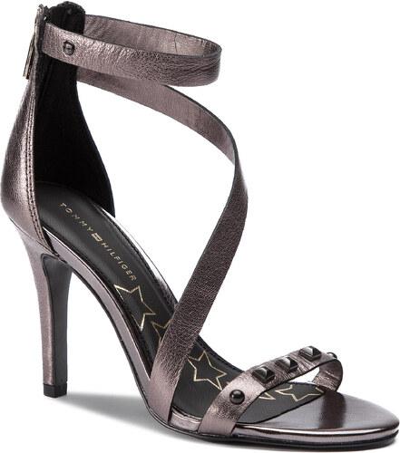 8e5d3485fbdfd Sandále TOMMY HILFIGER - Studs Heeled Sandal FW0FW03833 Black 990 ...