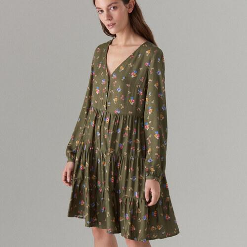 37b424567d9f Mohito - Oversize šaty s dlhými rukávmi - Zelená - Glami.sk