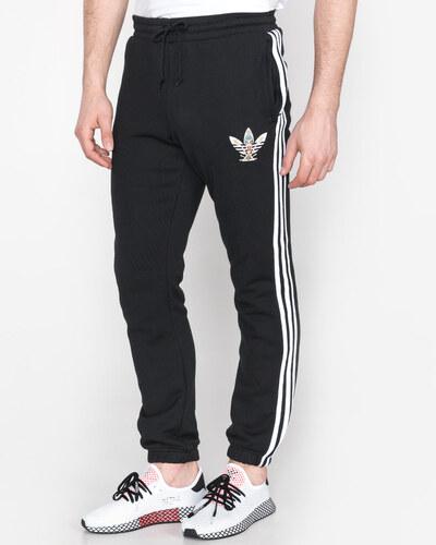 f70d004b05 Férfi adidas Originals Tanaami Melegítő nadrág Fekete - Glami.hu