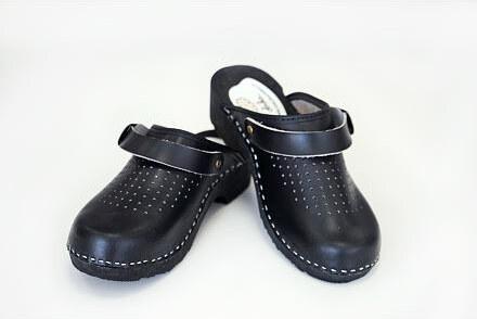 3f66dfed2c70 Vlnka Dámské ortopedické dřeváky černá Velikost obuv dospělé  36 ...