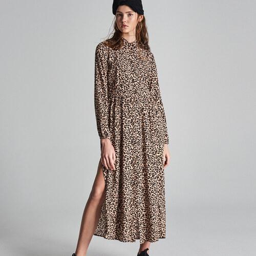 fcae2ece01a9 Sinsay - Maxi šaty s leopardím potiskem - Vícebarevn - Glami.cz