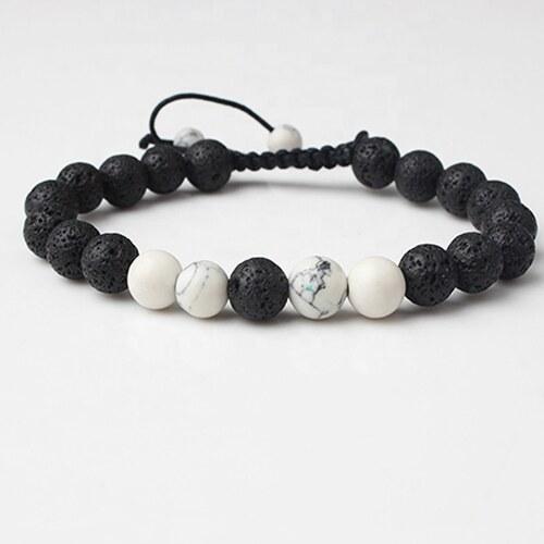 bd513f489 Čierno-biely korálkový náramok - Glami.sk