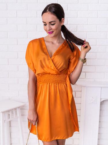 582a78270f www.glashgirl.sk Oranžové krátke saténové šaty s gumičkou Ivy - Glami.sk
