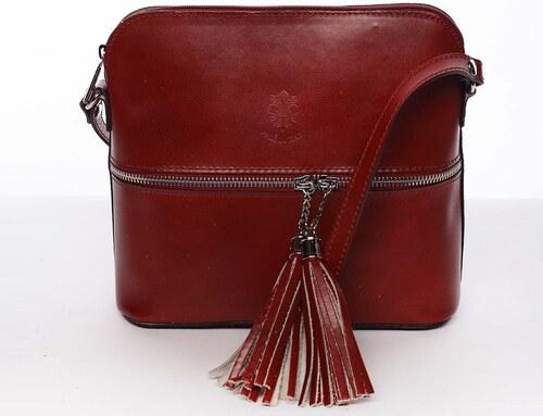 0a126e7d2 Módna dámska kožená crossbody kabelka tmavo červená - ItalY Farzana červená