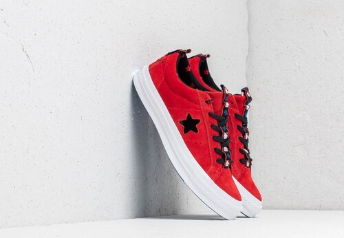 d2485c42a Converse x Hello Kitty One Star OX Fiery Red/ Black/ White - Glami.sk