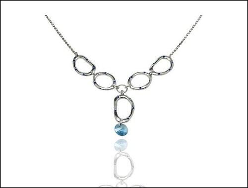 Krásný modrý náhrdelník s kamínkem