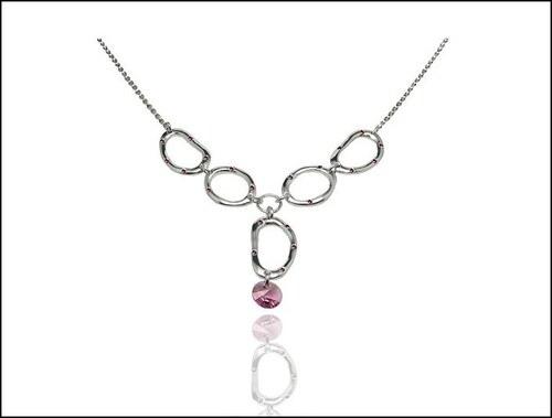 Krásný růžový náhrdelník s kamínkem