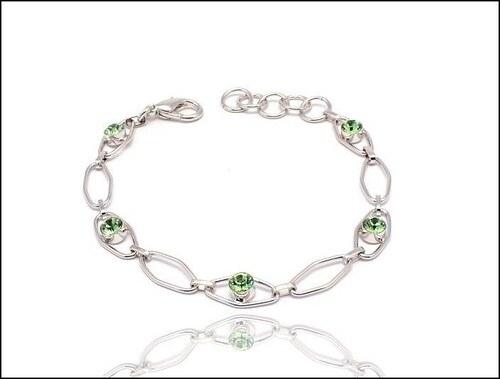 Elegantní zelený náramek s kamínky