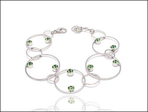 Módní zelený náramek z kruhů