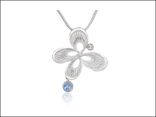 Famózní čirý náhrdelník Motýlek