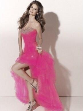 657dad535452 Paris luxusní růžové plesové šaty na maturitní ples S-M - Glami.cz