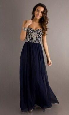 5a827eb4399 tmavě modré vyšívané plesové šaty na maturitní ples Triss XL-XXL ...