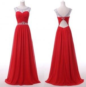 luxusní červené plesové šaty na maturitní ples Valencia S - Glami.cz 4d66e60687e