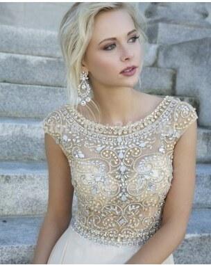 luxusní svatební nebo plesové antické bílé šaty vyšívané Meira S ... c193a9d9a1