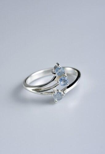 Stříbrný prsten se safíry PK011