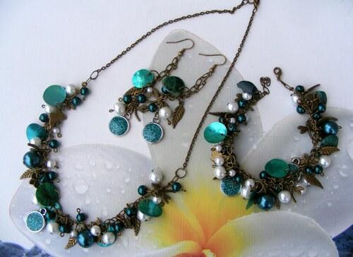 Sada hroznů s perličkami-zelená