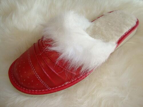 019 Pantofle s ovčí vlnou dámské