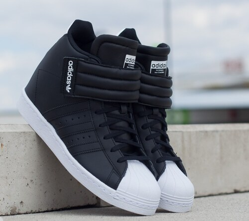 adidas Originals adidas Superstar Up Strap W Core Black  C Black  FTW White  US e2b7f5b361f