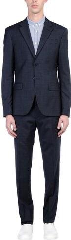 8 Anzüge & Jacken