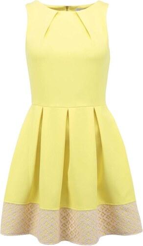 Žluté šaty s krajkovým pruhem Closet - Glami.cz a2f7d2fcb7