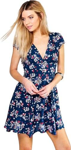 4815b616f424 BOOHOO Kvetinové šaty Aoife s výrezom na chrbte - Glami.sk