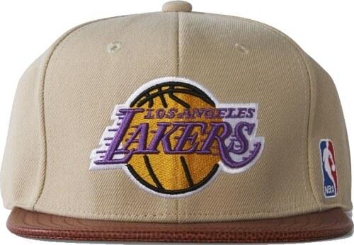 39322a240fa Kšiltovka Adidas NBA Basketball Brim Lakers dust sand-brim - Glami.cz