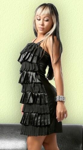 Exkluzivní večerní šaty