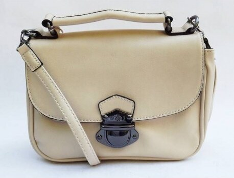 Krémová crossbody dámská kabelka David Jones 1b3656522f9
