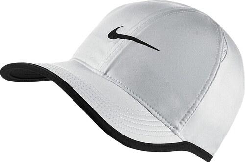 d5d66505bca Kšiltovka Nike Feather Light pán. bílá černá - Glami.cz