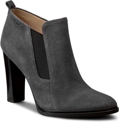 30047ea866 Magasított cipő CALVIN KLEIN - Jalene N11528 Ebony - Glami.hu