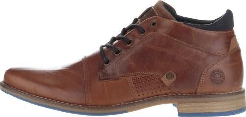 ee7ec368fec Hnědé pánské kožené kotníkové boty s tmavě modrými detaily Bullboxer ...