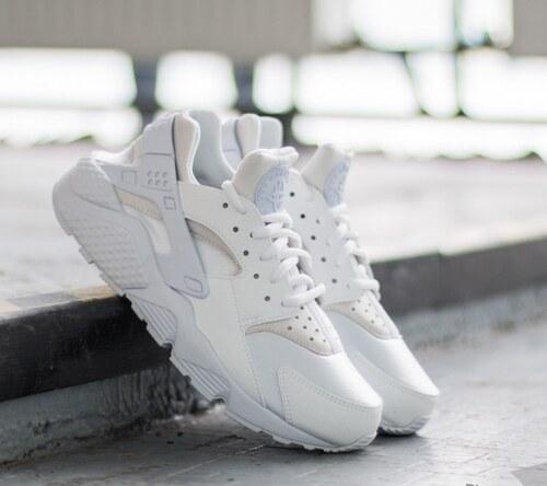 Nike Wmns Air Huarache Run White  White - Glami.sk b9d343e556