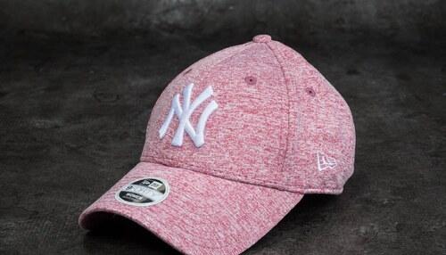 c8cc61b1e46 New Era 9Forty Women Adjustable Jersey Fleck New York Yankees Cap Maroon