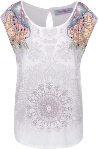 46cf3166a12f Biele voľné tričko s potlačou a kamienkovou aplikáciou Desigual Basic Vest
