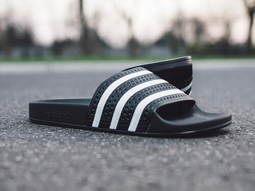 adidas Originals Adilette női papucs 280647 - Glami.hu f15acd57eb