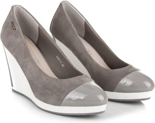 fea9bae57dde Športovo-elegantné topánky na platforme - Glami.sk