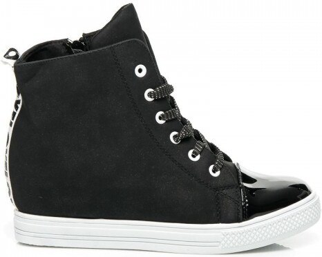 Dámské boty na klínku New TLCK Itkal černo-bílé - černá - Glami.cz 040f960c66
