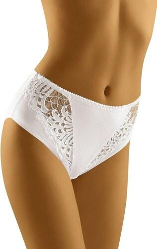 d0a5a25cb71 Kvalitní bavlněné dámské klasické kalhotky bílé