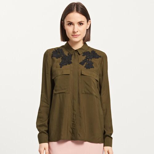 14c0c882eb Reserved - Kaki košeľa s vyšívaným vzorom - Zelená - Glami.sk