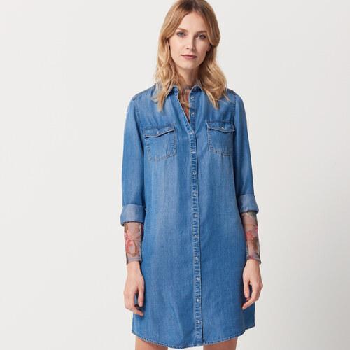 2eb8fb558544 Mohito - Džínsové šaty - Modrá - Glami.sk