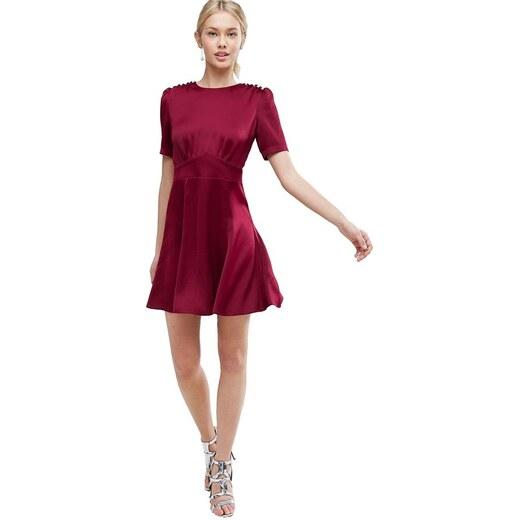 07832cdff79 HUSH HUSH Saténové burgundy šaty s knoflíky - Glami.cz
