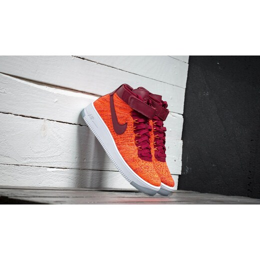 48655e71a002 Nike W Air Force 1 Flyknit Total Crimson  Team Red - Glami.cz