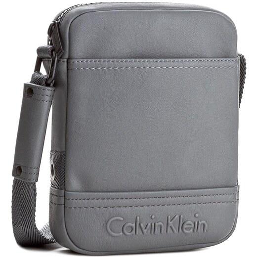 e617dfcd02 Brašna CALVIN KLEIN BLACK LABEL - Bastian Mini Reporter K50K502514 020 -  Glami.cz