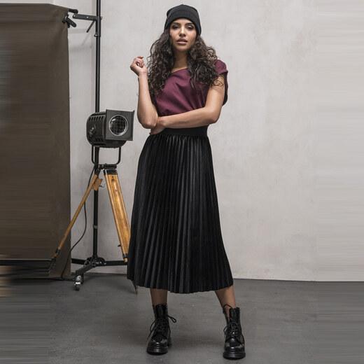 1ad311dcd826 Dámska sukňa Urban Classics Ladies Velvet Plisse Skirt black - Glami.sk