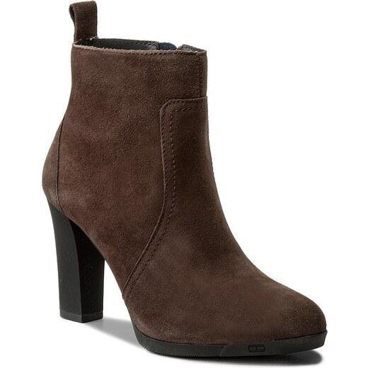 Magasított cipő TOMMY HILFIGER - Nanni 3B FW0FW01889 Coffee 211 - Glami.hu 938c11503b