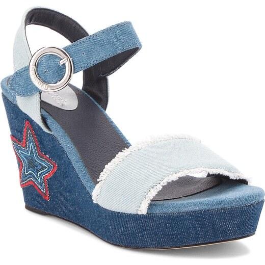 720a4cfe1f66 Sandále DESIGUAL - Virgo Denim Patch 18SSSD01 5053 - Glami.sk