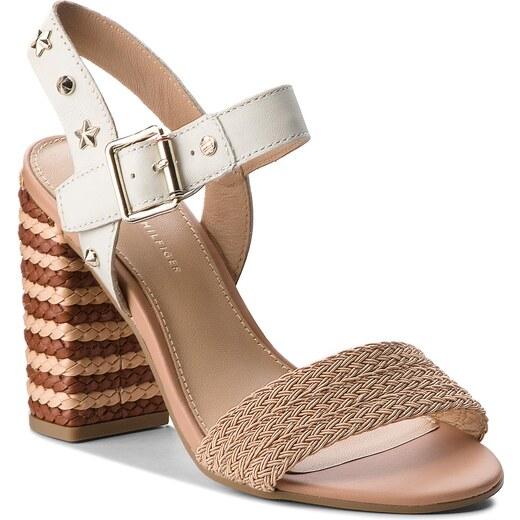 0dbe3fb96b4ae Sandály TOMMY HILFIGER - Feminine Heel Sandal Star Studs FW0FW02254 Whisper  White 121 - Glami.cz