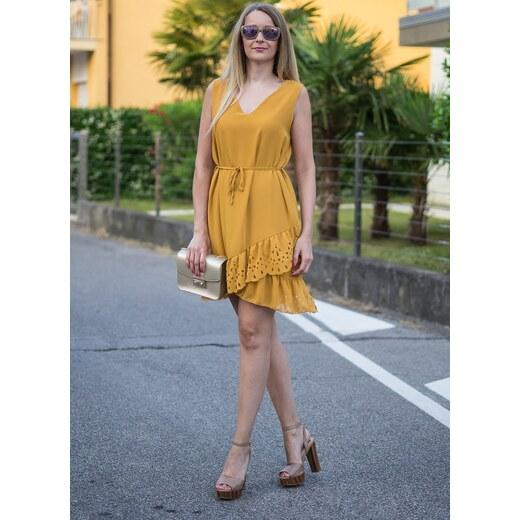 Glamorous by Glam Letné žlté šaty s perforovaným volánom - Glami.sk 6e3d665a3bb
