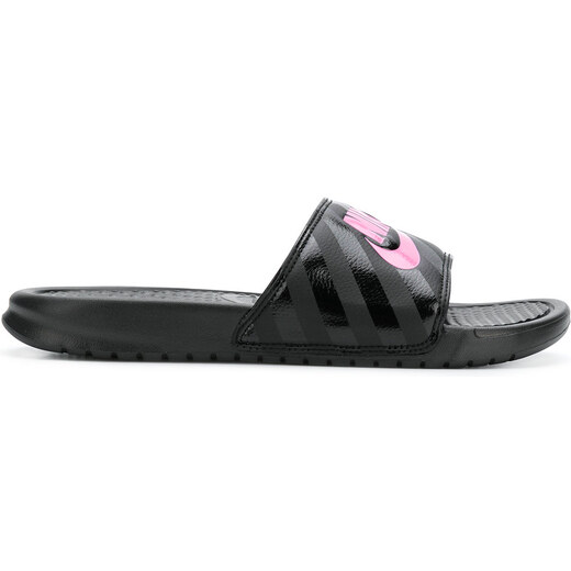 Nike logo pool slides - Black - Glami.sk 740f7220788