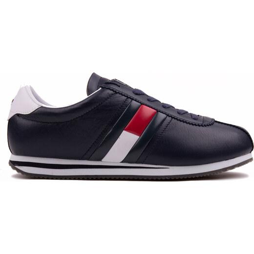 Tommy Hilfiger tmavo modré kožené pánske tenisky Retro Flag Sneaker Ink -  Glami.sk bcb46af35ac